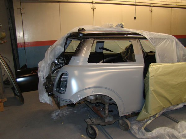 Mini Cooper repair process paint job
